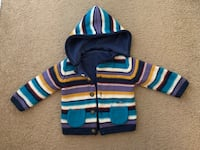 Warm jacket with removable hoodie