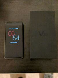 LG v30 with box and charger 554 km