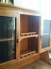 brown wooden hutch top. Sioux Falls, 57105