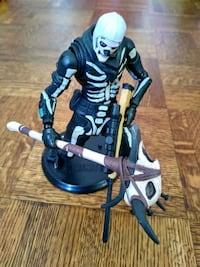 "Fortnite Skull Trooper 7"" Action Figure  OBO"