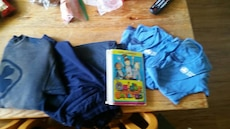 girl guides uniform and book