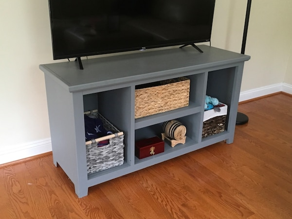 TV Stand or decorative table 1