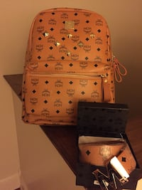 brown MCM leather backpack Bunker Hill, 25413
