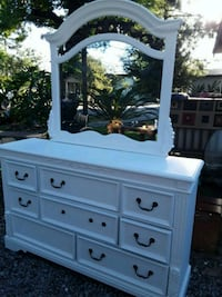 Solid wood White large 8 drawer dresser with mirro