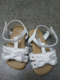 pair of white leather sandals Anderson, 96007