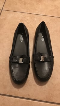 Pair of black Polo Ralph Lauren leather flats Olympia, 98502