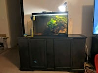 30 gallon fish tank and stand (everything in pic) Crestview, 32536