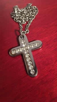 Stainless steel cross necklace Barrie