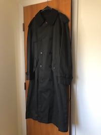 Men's Macintosh long belted Trench Coat S weather (trench) coat; detachable black wool collar; removable black lining and Burberry plaid