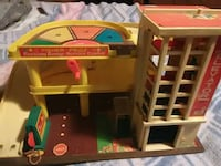Vintage Fisher price parking ramp and service center!
