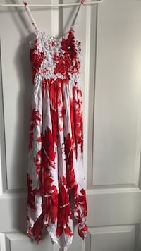 Women's white and red floral sleeveless dress Columbus, 43235