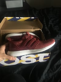 unpaired red and white Adidas low top sneaker on box Mississauga, L5N 8C1