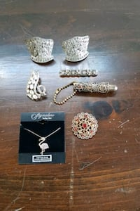 Assorted jewelry  Forest Hill, 21050
