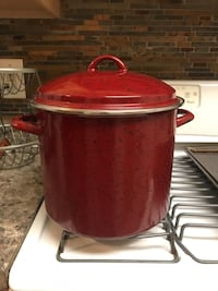 Red and stainless steel cooking pot Laurel, 20708