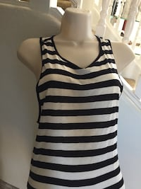 Super cute tank-dress!Size m/ it is a tank in front and long in back! Las Vegas, 89148