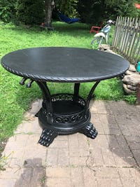 "Great round table 48""  circumference 31"" tall beautiful base the base is metal table top is wood Frederick, 21701"