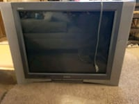 2003 32in Sony box tv with remote works well. Madison Heights, 24572