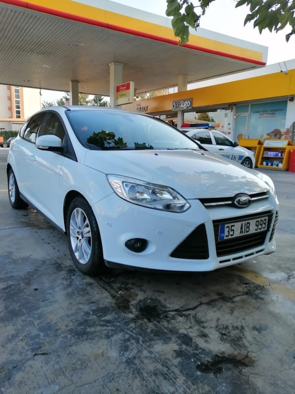 2013 Ford Focus 3e5ababa-021d-46ca-b43a-5f36847b101f