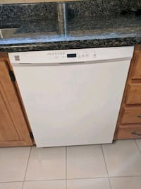 Kenmore dishwasher  Montreal, H9H 2E4