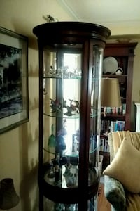 Round glass curio cabinet Union, 07083