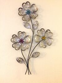 Metal Flower Wall Hanging Alameda
