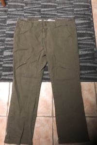 Selling my blue notes straight leg jeans.