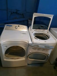 WHIRLPOOL CABRIO TOP LOAD WASHER AND GAS DRYER SET
