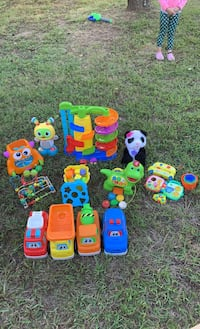 *LOT*  Baby and toddler toys!!!