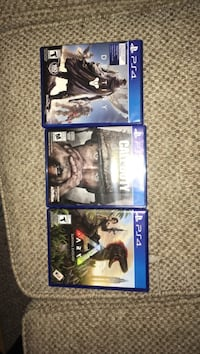 two Sony PS4 game cases Tiny, L0L 2J0