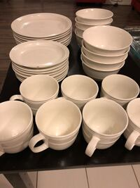 plates, bowls and cups set 545 km