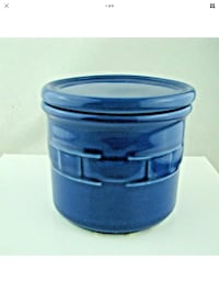 """Longaberger Pottery """"Woven Traditions"""" one pint crock with lid/coaster Bel Air, 21014"""