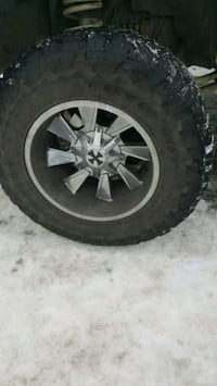 20' rims and tires  3154 km