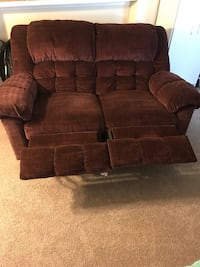 Recliner Loveseat Fairfax, 22030