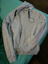 Pink hoodie new size small Muskegon, 49442