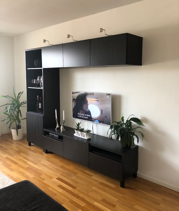 begagnad ikea best tv m bel till salu i helsingborg letgo. Black Bedroom Furniture Sets. Home Design Ideas