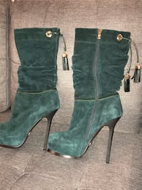 Used once ( too high), size 8 Mississauga