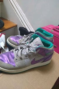 Nike air women's size 7