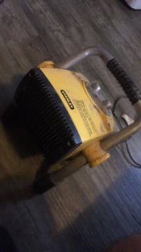 black and yellow power tool 283 mi
