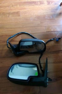 Side view mirrors from 2004 chev full size pickup Brampton