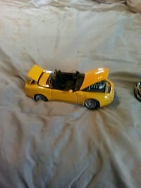 yellow convertible coupe die-cast McKeesport, 15131