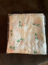 Brand new in package baby swaddles Visalia, 93277