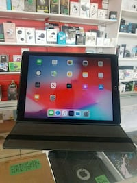 "Apple iPad Pro 12.9""inch,32GB,Storedeal_298_943 Toronto, M5A 2G5"