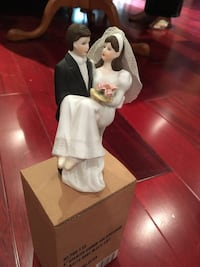 Wedding ceramic figurine / cake topper 562 km