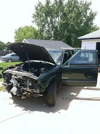 Chevrolet - S-10 - 2000 West Allis