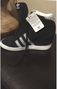 Adidas wedge style.  Brand new with tags.  Size 8.Retails for $140.00 Mississauga, L5M 3Y5