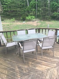 Rectangular brown wooden table with four chairs patio set Paw Paw, 25434