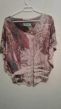 women's brown and white blouse Calgary, T3B 0T3