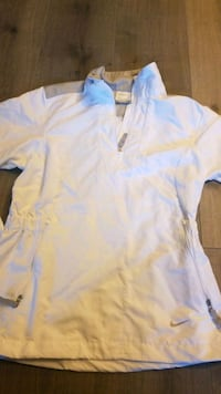 Nike golf womens size xs New Westminster, V3M 5J6