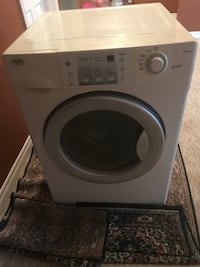 white front-load clothes washer Vaughan, L4K