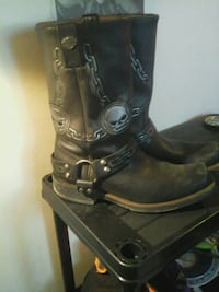 pair of black leather boots Edmonton, T5X